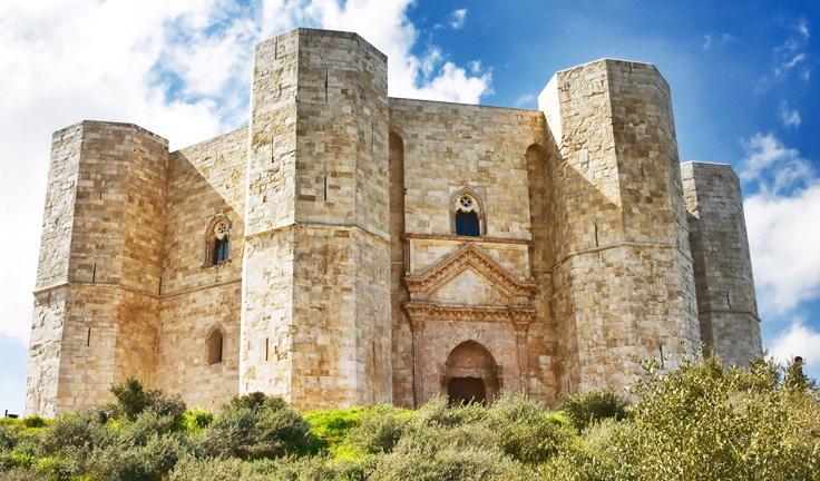 harat-net-italya-seyahat-20-neden-Reasons-to-travel-puglia-apulia-italy-Castel-del-Monte