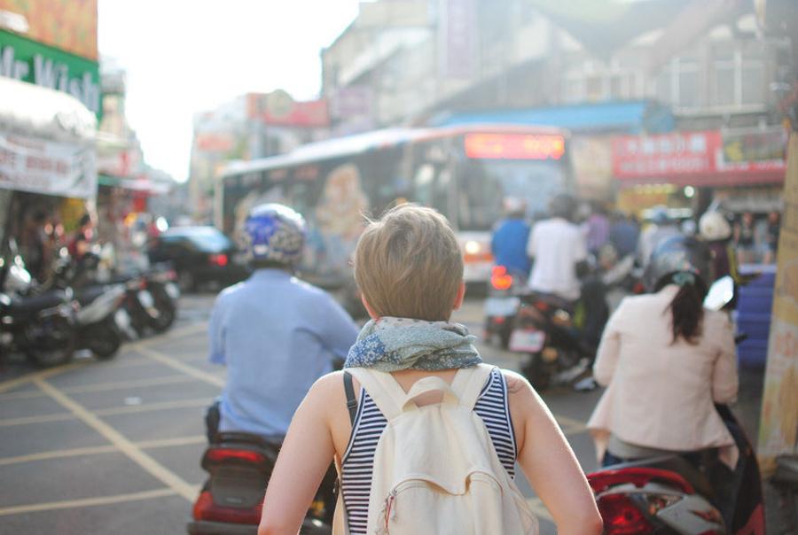 harat-net-born-traveler-wanderlust-gene-travel
